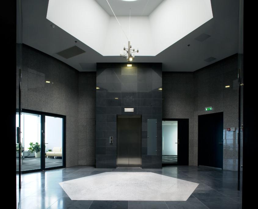 16-этажное офисное здание в Рокка-аль-Маре